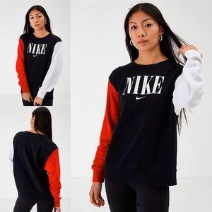 Nike Sportswear Colorblock Crew Sweatshirt
